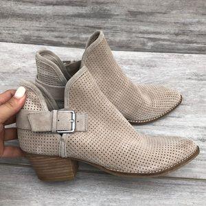 DOLCE VITA slip on ankle boot